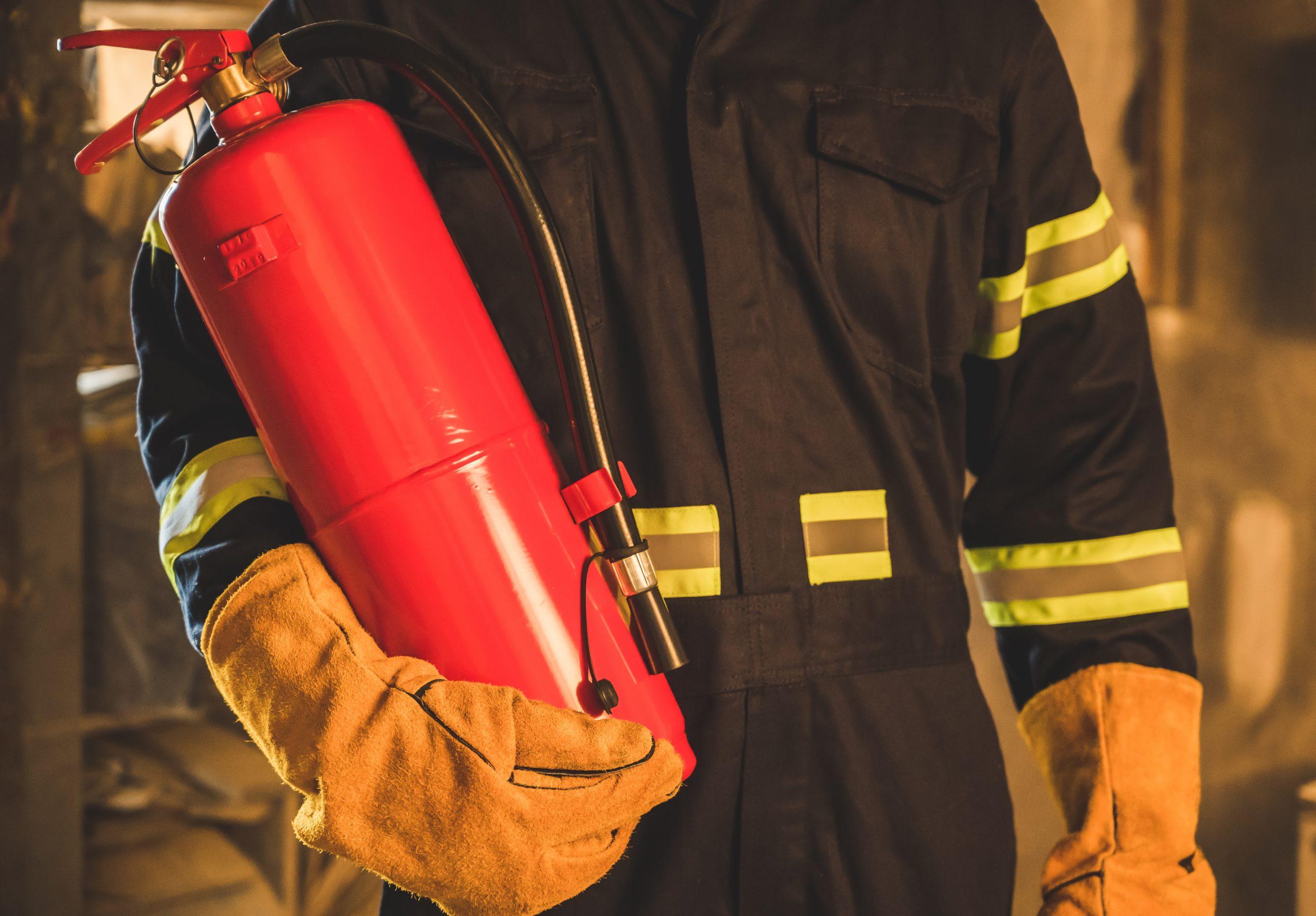 کاربرد مونوآمونیوم فسفات در کپسولهای آتش نشانی